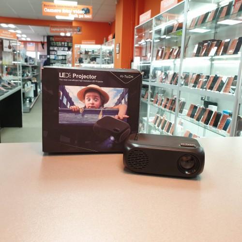 Ai-Tech Mini proiector video, FHD, distanta 0.8-2m, rezolutie nativa 320x240 px
