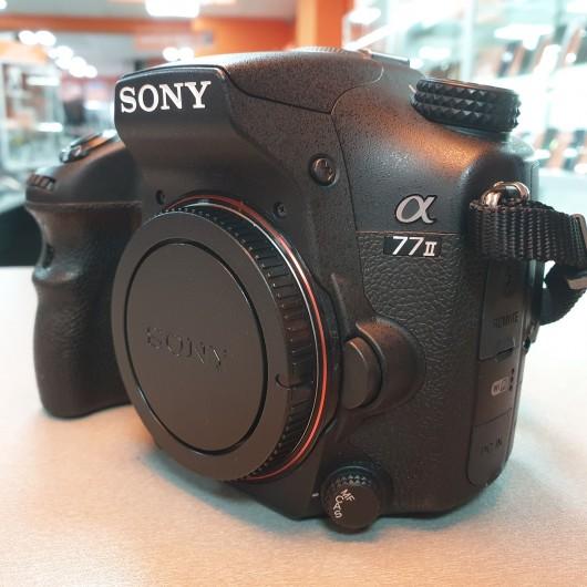 Aparat Foto Sony Alpha 77 II + Obiectiv 18-135 SAM 3.5-5.6