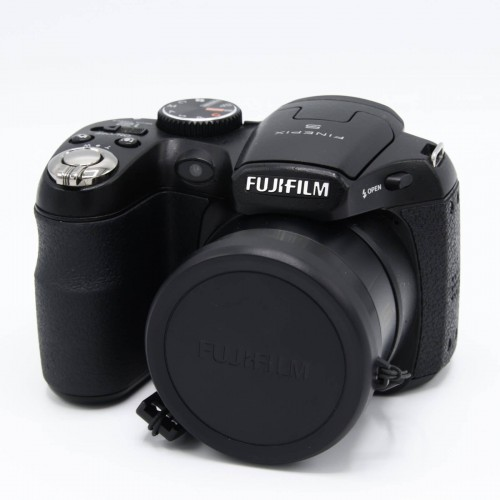 Aparat foto digital FujiFilm FinePix S1600