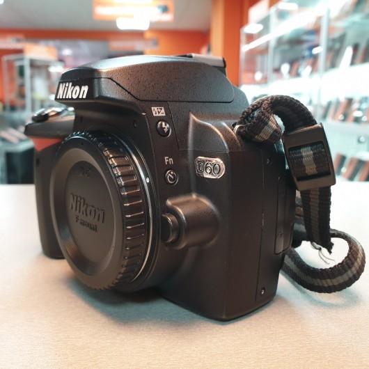 Aparat foto digital Nikon D60, 10.2 Mp