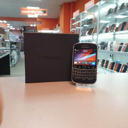 BlackBerry Bold 9900 Touch 8 Gb