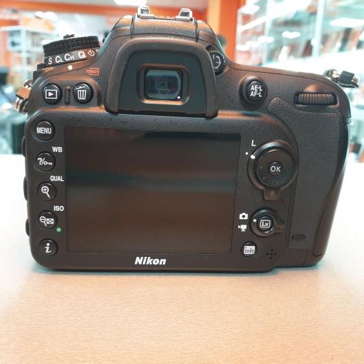 Body Nikon D7200