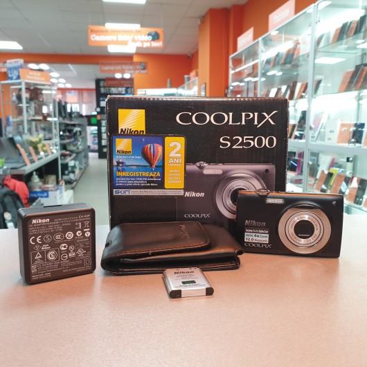Aparat foto Nikon Coolpix S2500