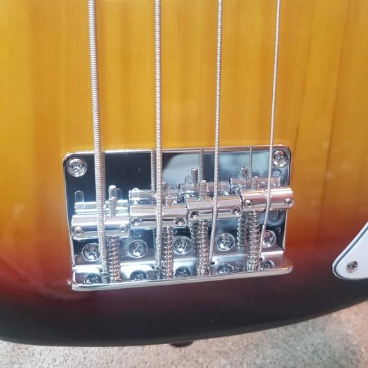 Chitara bass ARIA Sunburst STB-PB 3TS