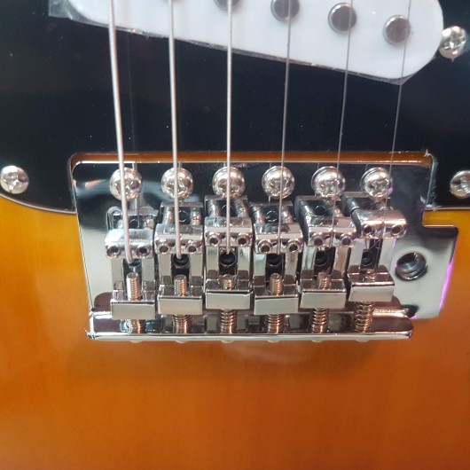 Chitara electrica Aria Sunburst STG-003SPL