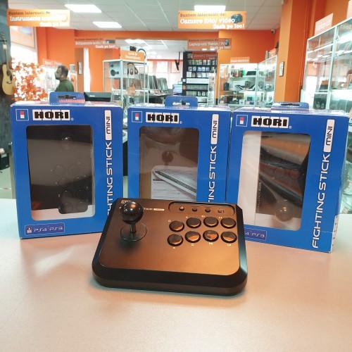Controller cu fir PS4 / PS3 Hori Fighting Stick Mini