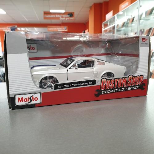Macheta auto Ford Mustang GT 1967 Maisto 1/24