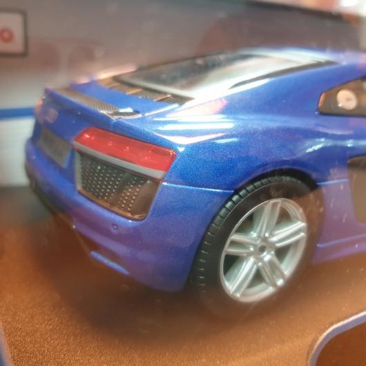 Macheta auto Maisto Diecast Special Edition AUDI R8 V10 plus 1:18