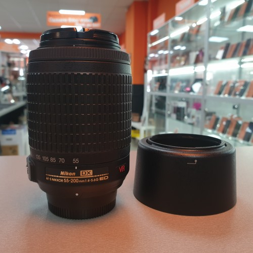 Obiectiv Nikkor AF-S DX  55-200mm 1:4-5.6G VR