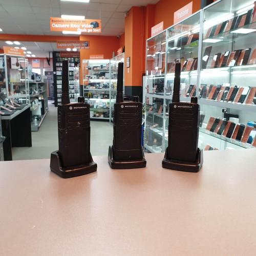 Set 3x Statie profesionala emisie - receptie Motorola RMU 2040, 4 canale, 2W, UHF, 12.5 kHz