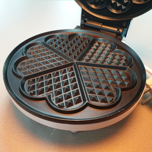 Magitec Waffle Maker - MT-7714