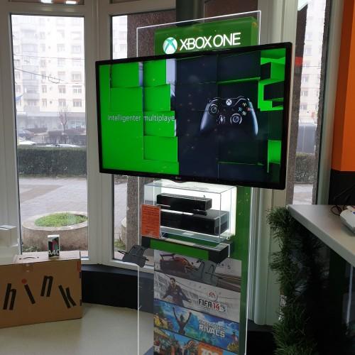 """Terminal vertical Microsoft Xbox ONE, Senzor Kinect Xbox ONE, TV LG 39LN549E 39"""" Full HD"""
